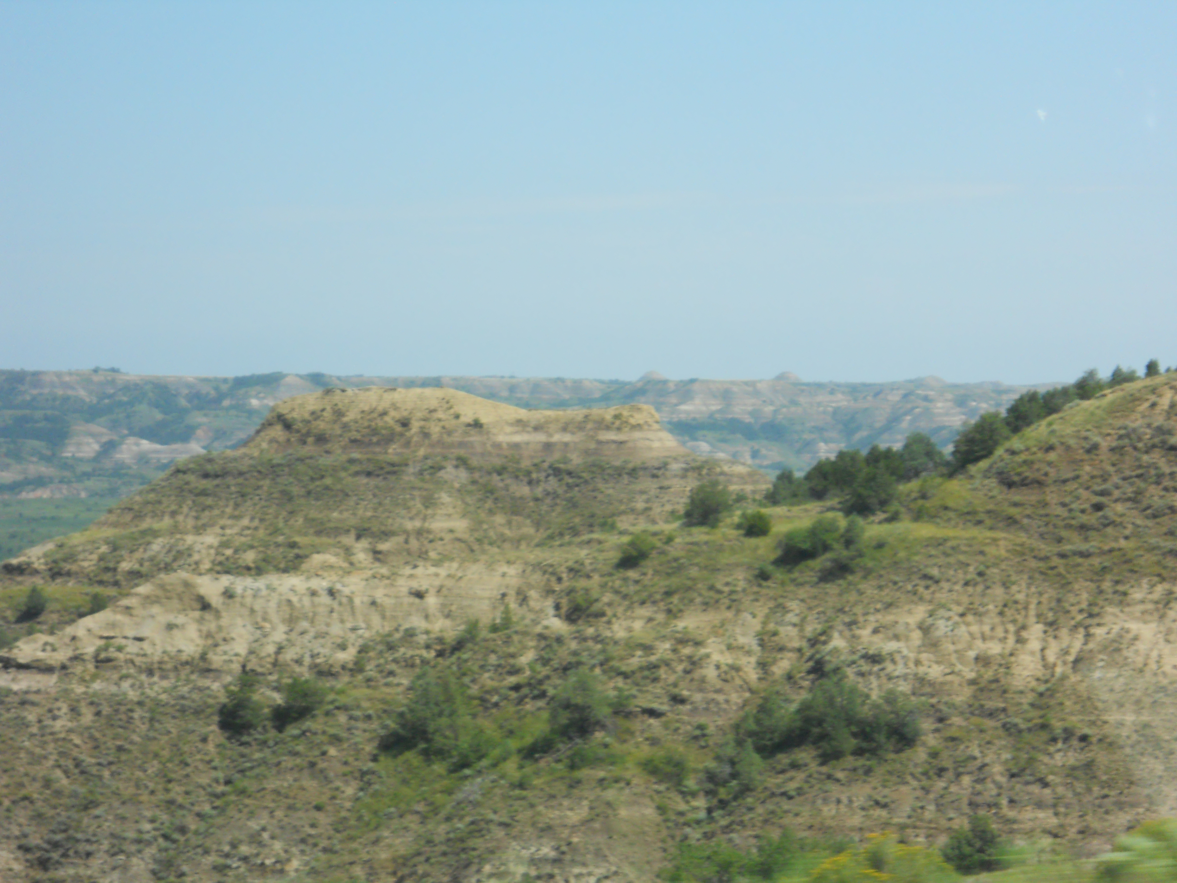 flat-topped rock outcroppings in North Dakota